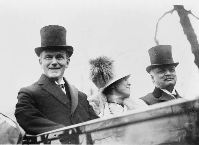 calvin_coolidge_mrs-_coolidge_and_senator_curtis