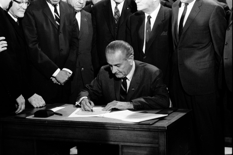 lbj_signing_civil_rights_act_of_1968_ppmsca-03196