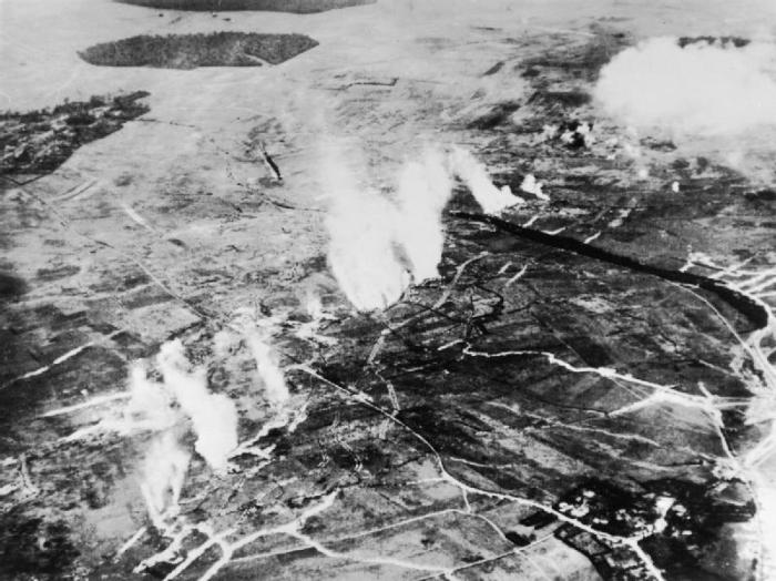 British_gas_attack_Somme_June_1916_IWMQ_55066